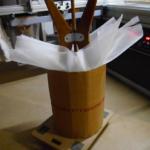 Emballage d'un tabouret avec double épaisseur de mousse